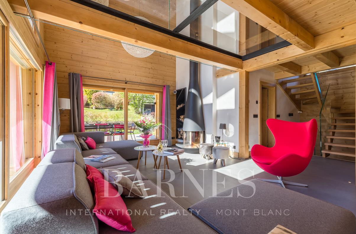 See details CHAMONIX MONT-BLANC Villa 6 rooms, 5 bedrooms